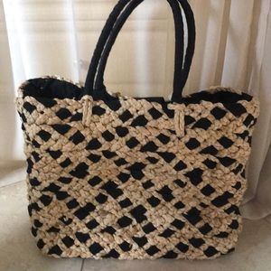 Handbags - Straw Tote Purse